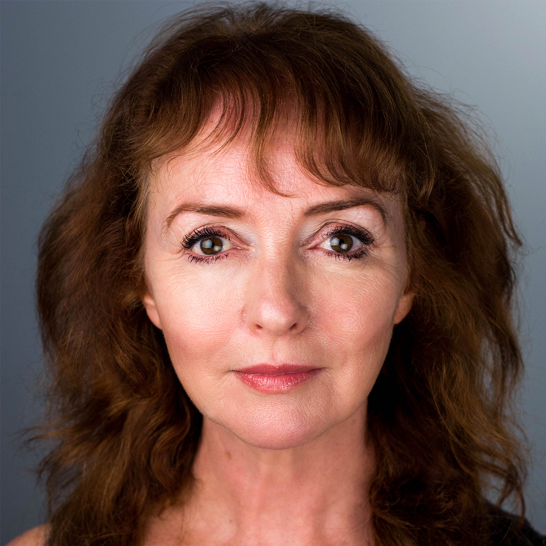 Melanie Walters' headshot